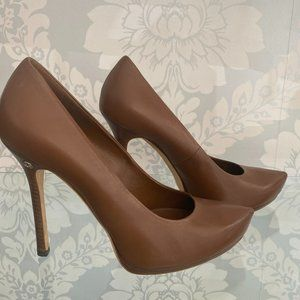 GUCCI Chocolate Brown Leather Pointed Toe Platform Pumps/Heels